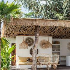 Construire Pergola Bois - - Pergola Designs Videos For Balcony - - Diy Pergola, Patio Diy, Small Pergola, Pergola Attached To House, Deck With Pergola, Patio Roof, Small Patio, Pergola Plans, Backyard Patio