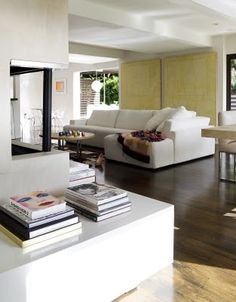 The fabulous contemporary home of Rachel Zoe (from The Celebrity Home) room design interior design decorating before and after design Rachel Zoe, Style At Home, Classy Living Room, Hollywood Homes, Celebrity Houses, Home And Living, Modern Living, Living Rooms, Apartment Living