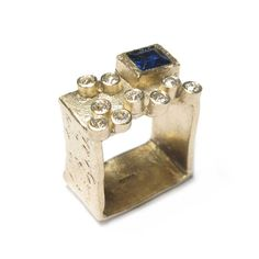 Diana Porter Jewellery bespoke commission customers own sapphire and diamonds yellow gold ring