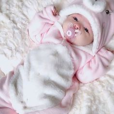 So Cute Baby, Cute Baby Boy Images, Cute Kids Pics, Cute Baby Videos, Cute Baby Pictures, Baby Kind, Cute Baby Clothes, Cute Babies, Babies Clothes