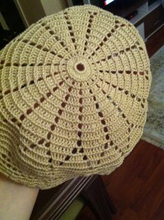Takke başlangıç Crochet Cap, Crochet Fabric, Crochet Flowers, Crochet Patterns, Doilies, Free Pattern, Diy And Crafts, Blanket, Knitting