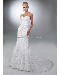 Luxuriöse Brautmode schönst aus Satin mit Applikation mit Schleppe Herzausschnitt