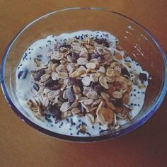 Iogurte de soja com muesli | SAPO Lifestyle