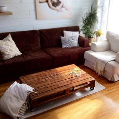 * SOLD SOLD * bass-coffee table