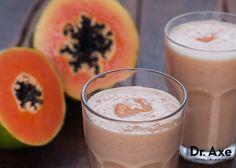 Strawberry Papaya Smoothie http://www.draxe.com #smoothie #papaya #healthybreakfast
