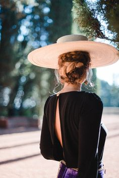 Awesome 50 Awesome Hats Ideas For Women Looks More Elegant Foto Fashion, Kentucky Derby, Trends 2018, Looking For Women, Hats For Women, Dress To Impress, What To Wear, Womens Fashion, Fashion Trends