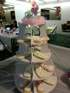 Baby shower stand with cookies for Lily
