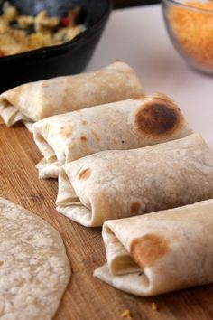 Perfect Breakfast Burritos {Freezer-Friendly} Prep, freeze, and reheat!