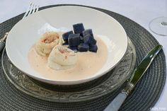 Filet de merlan sauce au piment fumé de la Véra et champagne rosé  http://radisrose.fr/filet-merlan-sauce-piment-vera-roellinger/ #recette #merlan #poisson #roellinger #champagne