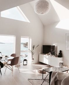all white living room idea interior goals love Design Living Room, Living Room Interior, Living Room Decor, Living Spaces, Bedroom Decor, Living Room White, Home And Living, All White Room, Modern Living