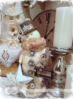 **My Desert Cottage**: A few Christmas picks here in my desert cottage...
