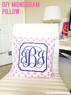 Make your own monogram pillows! Click through to find out how. #monogram #diy printablemonogram.com