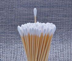 使うものはたったの綿棒1本!鼻の角栓を徹底的にお掃除しちゃおう