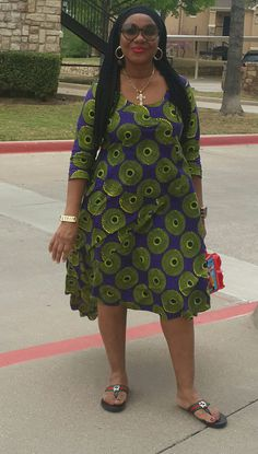 45 looks para quem está acima do peso 45 looks para quem está acima do peso Short African Dresses, Latest African Fashion Dresses, African Print Dresses, African Print Fashion, Short Long Dresses, African Print Dress Designs, African Traditional Dresses, Looks Plus Size, African Attire