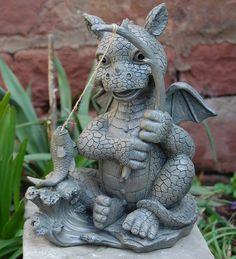 Gartenfigur Drache beim Angeln Frostfest Torwächter Gargoyle NEU | eBay
