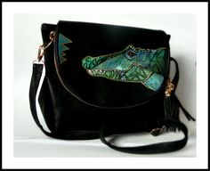 Small handbag in black. Golden zip and tassel. Hand painted artistic illustrated crocodile. Stylish, trendy, original. More an page: www.facebook.com/idylla.art #handpainted #handbags #trendy