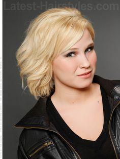 Easy Blonde Medium Hairstyle
