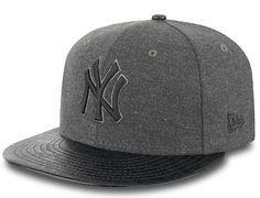 Step Out NY Yankees 9Fifty Snapback Cap by NEW ERA x MLB f9f621bc2f4