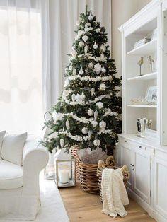 white christmas decorationsdecorated - White Christmas Decorations