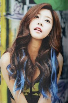Teal streaks! Hair styles, Hair beauty, Long hair styles