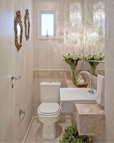 50 Amazing Small Bathroom Remodel Ideas Is your home in need of a bathroom remodel? Here are Amazing Small Bathroom Remodel Design, Ideas And Tips To Make a Better. Decor, House Design, Room Design, Bathroom Interior Design, Home Decor, Apartment Bathroom, Small Bathroom Remodel Designs, Bathroom Decor, Living Room Designs