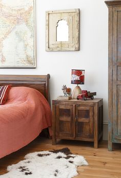 A Home Tour in Period Living   by Scaramanga  …