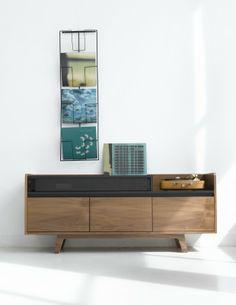 Porte vinyle mural et enfilade AMPM Andilon - La Redoute 2014  Le meuble parfait conçu pour accueillir platine et galettes noires...