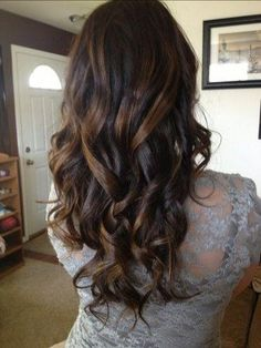 pretty curls #hair #hairstyles #hairstyle #brown #blonde #highlights #color #long #pretty #cute #adorable #style #stylish