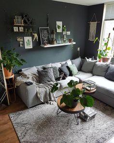 × F I J N E A V O N D × Artis was leuk! Het weer was perfect! En ik heb een vet leuk botanische kaarten set gekocht. Ook nog even lekker gezwommen in Vinkeveen. Ik ben gelijk lekker bruin haha. Fijne avond allemaal! Morgen ga ik een dagje schuiven in huis en foto's maken 🌿😗 #home #industrial #industrialliving #industrieelwonen #style #deco #home #showhometop5 #myhome #myinterior #interieur #interior2all #myhometoinspire #showhome #vtwonenbijmijthuis #vtwonen #interior123 #interieurdesign…