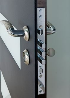 Exterior Door Milano-14W Sidelight. Photo