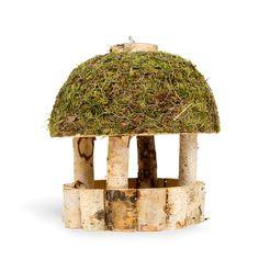 Mangeoire bouleau - Pour nourrir les oiseaux en hiver. A détourner pour table des saisons. DIY. Bird Feeders, Birds, Refuge, Outdoor Decor, Pictures, Diy, Hotels, Gardens, Mini Gardens