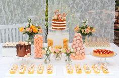 vil gjerne lage din drømmekake og elsker kunstneriske kaker. Designkaker er min lidenskap - deler gjerne med deg