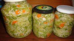 Csalamádé télire Pickles, Hot Dogs, Cucumber, Mason Jars, Food, Red Peppers, Essen, Mason Jar, Meals