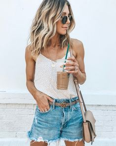 Amazing 43 Cute Shorts Women to Wear Everyday this Spring and Summer . Estilo Fashion, Boho Fashion, Ideias Fashion, Fashion Outfits, Street Fashion, Fashion Skirts, 80s Fashion, Fashion Tips, Mode Outfits
