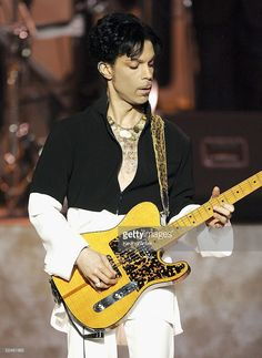 Musician Prince performs onstage at the 36th Annual NAACP Image Awards at the Dorothy Chandler Pavilion on March 19, 2005 in Los Angeles, California.