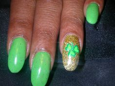 st patricks day. acrylic and gel.  hand painted design.  hand painted creation