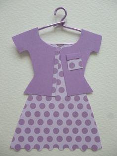 Conjunto americana y vestido topos lilas.
