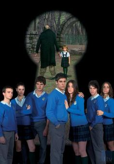 El Internado - Laguna Negra is a series from Spain set in a boarding school called Laguna Negra. It is a drama series with teen and adult romance, family drama, school problems, murder, li. High School Spanish, Spanish 1, Spanish Music, Spanish Classroom, Teaching Spanish, Teen Series, Black Lagoon, Everything And Nothing, Spanish Language