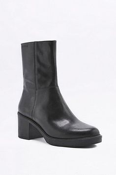 Vagabond Tilda Black Leather Calf Boots - Urban Outfitters