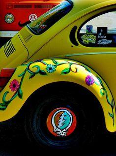 Greatful Dead Photograph - Hippy Bug by Kimberly Dawn Clayton Beetle Bug, Vw Beetles, Volkswagen Bus, Vw Camper, Vans Vw, Bugs, Hippie Car, Bug Car, Vw Vintage