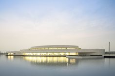 Gallery of The Building on the Water / Álvaro Siza + Carlos Castanheira - 38