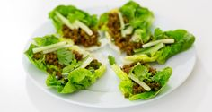 Asiatisk sojafärs i salladsblad - Vegomagasinet