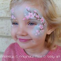 Bloemen schminken - klein model bloesem