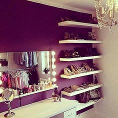 Shoe shelfs yes!!