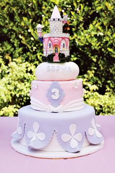 Enchanted Disney Princess Birthday Party {Pink & Purple} // Hostess with the Mostess® Sofia The First Cake, Sofia Cake, Sofia The First Birthday Party, Disney Princess Birthday Party, Girl Birthday, Birthday Ideas, Sofia Cupcakes, Birthday Cake, Princess Sophia Cake