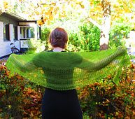 Interlude is airy and modern lace shawl without extra frills. It's worked top down in garter stitch and fishnet lace with just one skein of fingering weight yarn.
