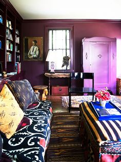 8 ways to make a small space seem bigger.