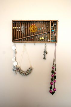 Love this.  What a wonderful way to display and find your earrings.