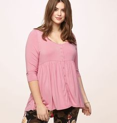6be7cfc5bea38 Discover new tops that can influence your 90s vibe like our plus size  Button Babydoll Hi
