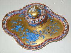DRESDEN GERMAN ANTIQUE PORCELAIN FLORAL GOLD GILDED INK STAND